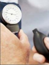 Mesure de la pression artérielle : aux deux bras ! Carac_photo_1