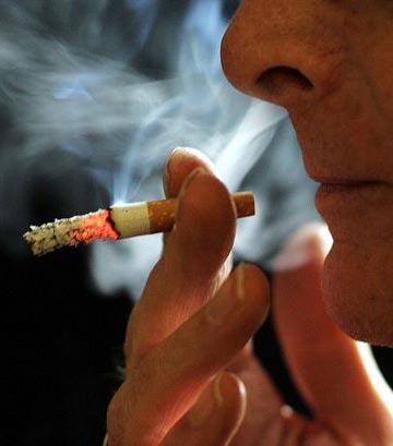 moins de nicotine dans les cigarettes a pourrait faire un tabac. Black Bedroom Furniture Sets. Home Design Ideas